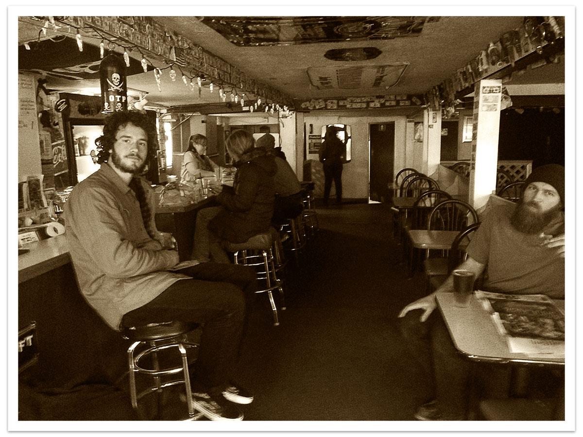 Toebock x Old Town Pub